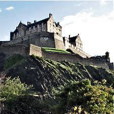 Off the Brochure Travel Guide: Edinburgh, Scotland