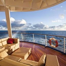 Travel Deals: Affordable Cruises During the Holiday Season